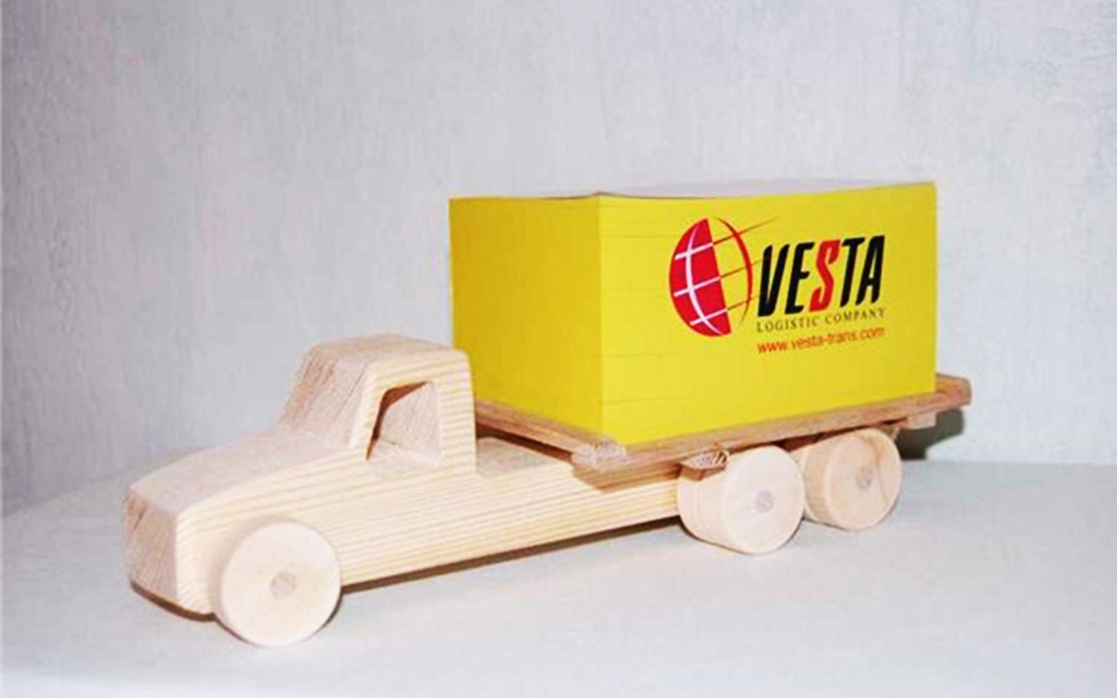 Кубарик VESTA на деревянной подставке Printermedia